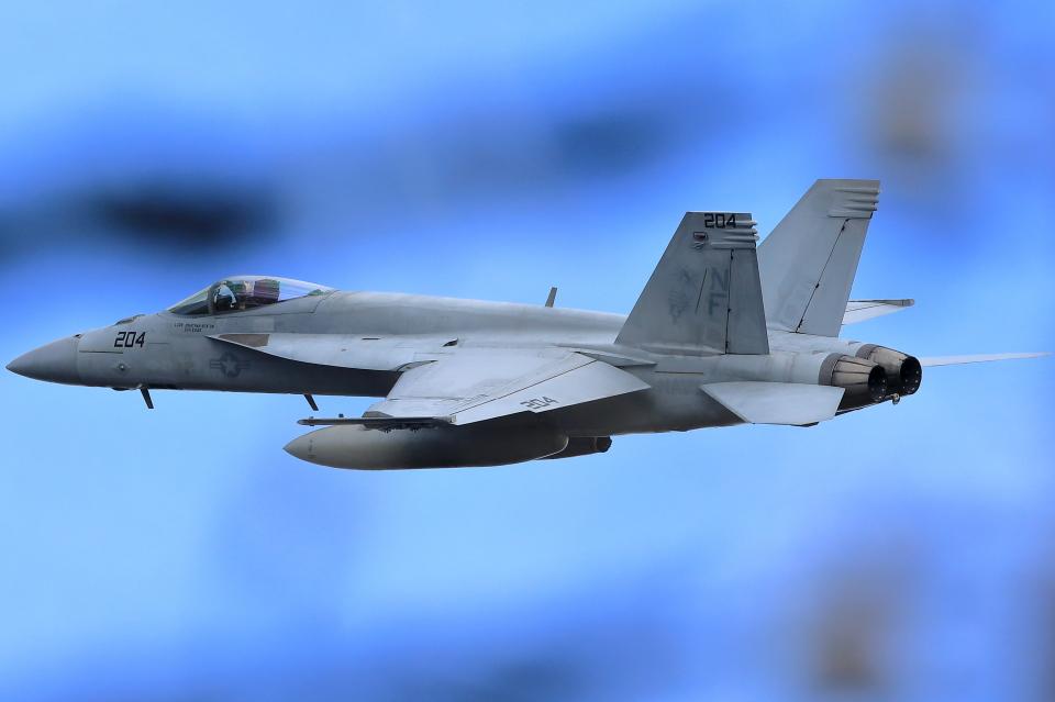 take_2014さんのアメリカ海軍 (NF204) 航空フォト