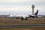 北の熊さんが、新千歳空港で撮影したタイ国際航空 777-3D7の航空フォト(写真)