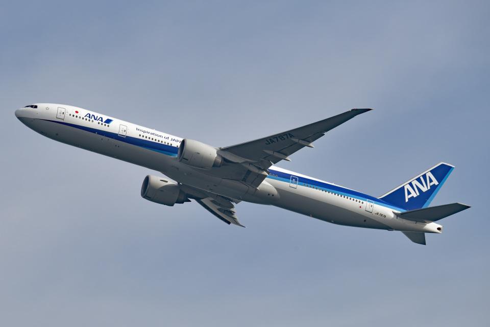 tsubasa0624さんの全日空 Boeing 777-300 (JA787A) 航空フォト