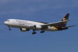 PINK_TEAM78さんが、成田国際空港で撮影したUPS航空 767-34AF/ERの航空フォト(写真)