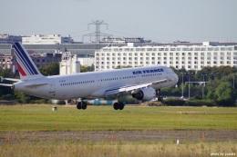 yusuke@HNDさんが、ジュネーヴ・コアントラン国際空港で撮影したエールフランス航空 A321-211の航空フォト(飛行機 写真・画像)