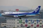 Kuuさんが、福岡空港で撮影したANAウイングス 737-5L9の航空フォト(飛行機 写真・画像)