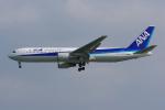 PASSENGERさんが、那覇空港で撮影した全日空 767-381の航空フォト(写真)