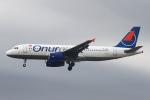 りんたろうさんが、フランクフルト国際空港で撮影したオヌール・エア A320-232の航空フォト(写真)