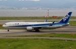 ハピネスさんが、関西国際空港で撮影した全日空 767-381/ERの航空フォト(飛行機 写真・画像)