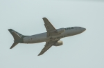 HISATAKUさんが、ケアンズ空港で撮影したエアワーク 737-3B7(SF)の航空フォト(写真)