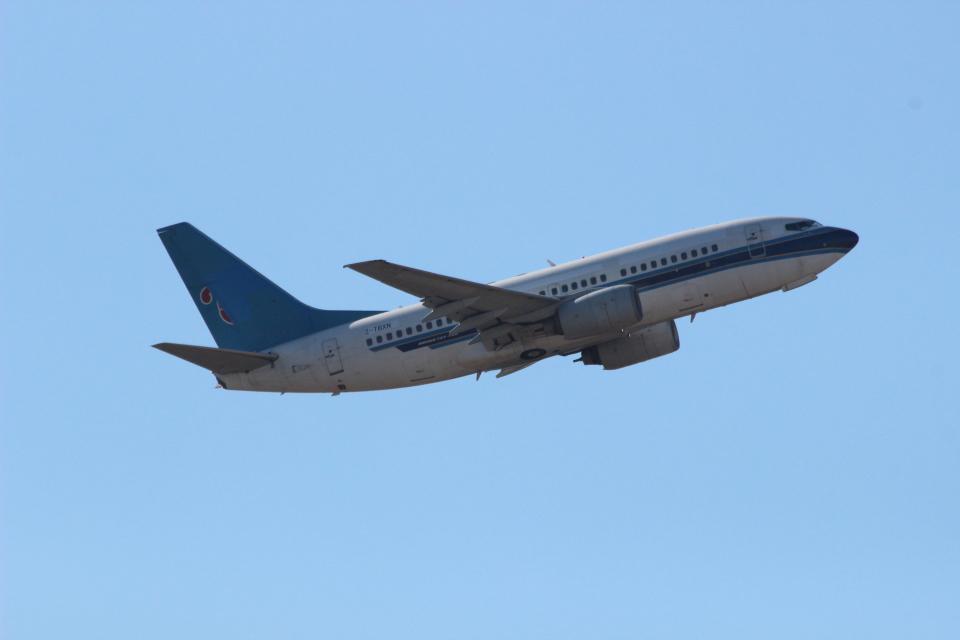 ショウさんのエアキャップ Boeing 737-700 (2-TBXN) 航空フォト
