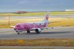 ユーリーさんが、関西国際空港で撮影した日本トランスオーシャン航空 737-446の航空フォト(写真)
