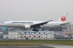 Kuuさんが、福岡空港で撮影した日本航空 777-289の航空フォト(写真)