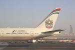 安芸あすかさんが、アブダビ国際空港で撮影したエティハド航空 777-3FX/ERの航空フォト(写真)