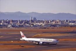 timeさんが、羽田空港で撮影した日本航空 777-289の航空フォト(飛行機 写真・画像)