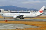 セブンさんが、伊丹空港で撮影した日本航空 767-346/ERの航空フォト(飛行機 写真・画像)