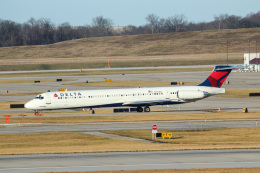 シンシナティ・ノーザンケンタッキー国際空港 - Cincinnati/Northern Kentucky International Airport [CVG/KCVG]で撮影されたシンシナティ・ノーザンケンタッキー国際空港 - Cincinnati/Northern Kentucky International Airport [CVG/KCVG]の航空機写真