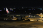 のんびりこまきさんが、伊丹空港で撮影した日本航空 777-346/ERの航空フォト(写真)