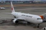 のんびりこまきさんが、伊丹空港で撮影した日本航空 767-346/ERの航空フォト(写真)