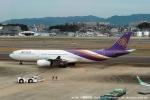 tabi0329さんが、福岡空港で撮影したタイ国際航空 737-2P5/Advの航空フォト(写真)