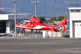 turenoアカクロさんが、高松空港で撮影した名古屋市消防航空隊 AS365N3 Dauphin 2の航空フォト(飛行機 写真・画像)