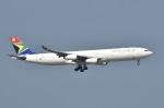 てんどんさんが、香港国際空港で撮影した南アフリカ航空 A340-313Xの航空フォト(写真)