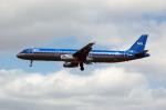 Gambardierさんが、ロンドン・ヒースロー空港で撮影したbmi A321-231の航空フォト(写真)