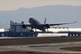 ふじいあきらさんが、関西国際空港で撮影したチャイナエアライン A350-941の航空フォト(飛行機 写真・画像)
