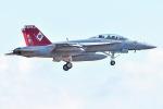うめやしきさんが、厚木飛行場で撮影したアメリカ海軍 F/A-18F Super Hornetの航空フォト(飛行機 写真・画像)