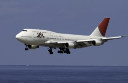 planetさんが、那覇空港で撮影した日本航空 747-446Dの航空フォト(飛行機 写真・画像)