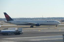 KKiSMさんが、ジョン・F・ケネディ国際空港で撮影したデルタ航空 767-432/ERの航空フォト(飛行機 写真・画像)