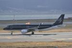 LEGACY-747さんが、関西国際空港で撮影したスターフライヤー A320-214の航空フォト(飛行機 写真・画像)