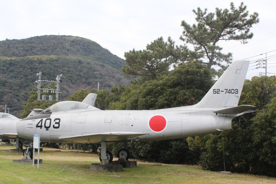7915さんの航空自衛隊 North American F-86 Sabre (52-7403) 航空フォト