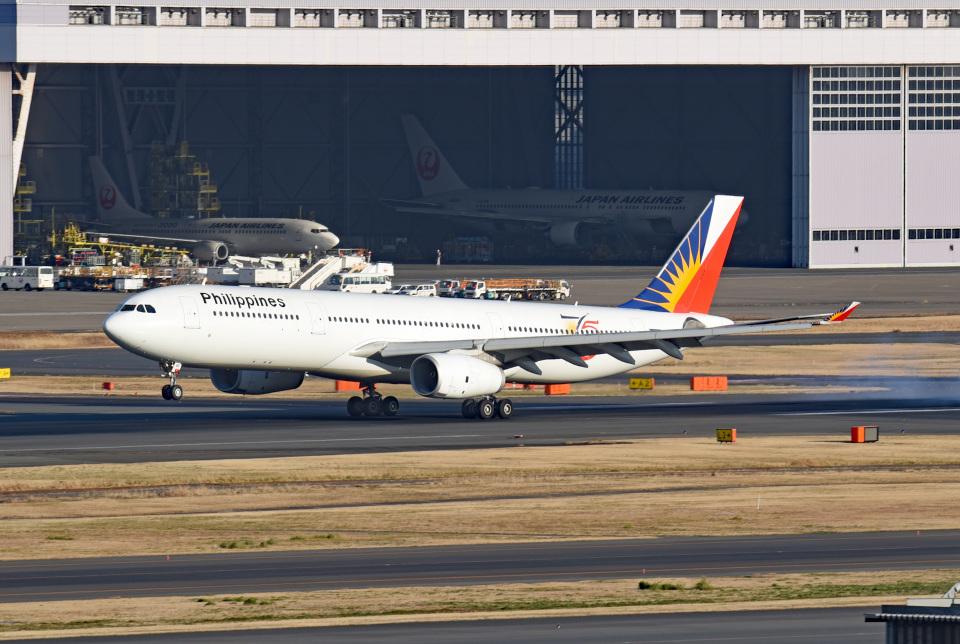 tsubasa0624さんのフィリピン航空 Airbus A330-300 (RP-C8786) 航空フォト