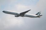職業旅人さんが、香港国際空港で撮影したキャセイパシフィック航空 777-367の航空フォト(写真)