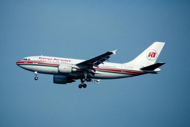 サンドバンクさんが、羽田空港で撮影したケニア航空 A310-304の航空フォト(飛行機 写真・画像)