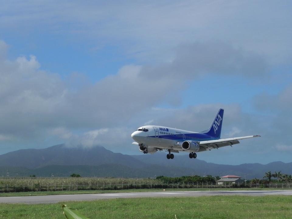 おっつんさんのANAウイングス Boeing 737-500 (JA8195) 航空フォト