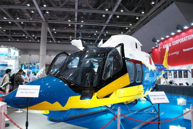 kanade/Ryo@S.O.R.A.さんが、東京国際展示場で撮影したアグスタウェストランド AW109 の航空フォト(飛行機 写真・画像)