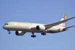 LEGACY-747さんが、成田国際空港で撮影したエティハド航空 787-9の航空フォト(飛行機 写真・画像)