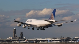 raichanさんが、成田国際空港で撮影したユナイテッド航空 747-422の航空フォト(飛行機 写真・画像)