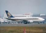 NH642さんが、福岡空港で撮影したシンガポール航空 A310-324の航空フォト(写真)