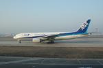 かずまっくすさんが、北京首都国際空港で撮影した全日空 777-281/ERの航空フォト(写真)