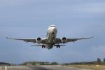 プレミアムさんが、宮古空港で撮影した全日空 737-881の航空フォト(写真)