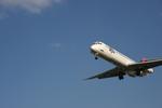 T.Sazenさんが、伊丹空港で撮影した日本航空 MD-81 (DC-9-81)の航空フォト(飛行機 写真・画像)