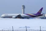 セブンさんが、新千歳空港で撮影したタイ国際航空 777-3D7の航空フォト(飛行機 写真・画像)