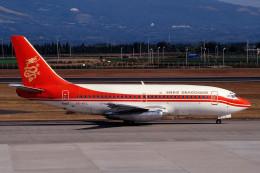 サンドバンクさんが、鹿児島空港で撮影した香港ドラゴン航空 737-2L9/Advの航空フォト(飛行機 写真・画像)
