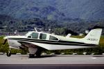 チャーリーマイクさんが、小倉空港で撮影した日本個人所有 C33A Debonair  (35-C33A)の航空フォト(写真)