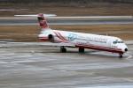 もぐ3さんが、新潟空港で撮影した遠東航空 MD-82 (DC-9-82)の航空フォト(飛行機 写真・画像)