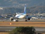 和尚さんが、高知空港で撮影した全日空 777-281の航空フォト(写真)