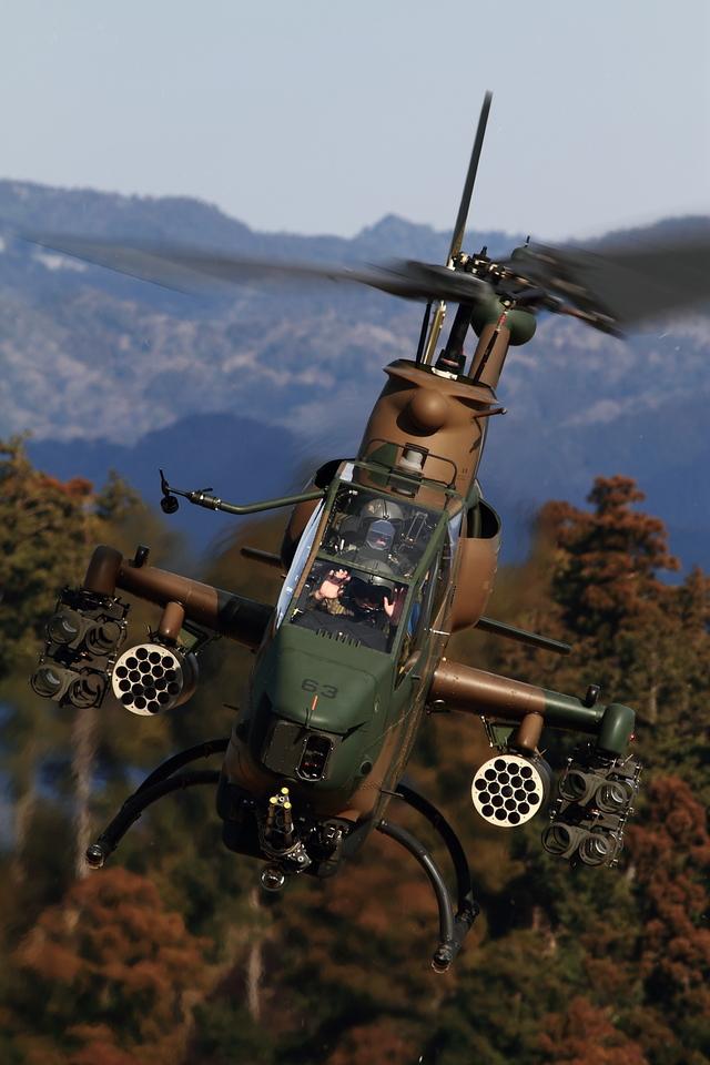 maruさんが、峯岡山分屯基地で撮影した陸上自衛隊 AH-1Sの航空フォト(飛行機 写真・画像)