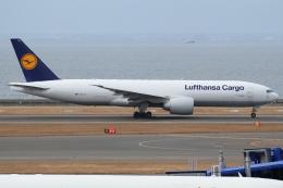 Wings Flapさんが、中部国際空港で撮影したルフトハンザ・カーゴ 777-FBTの航空フォト(写真)