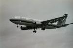 うすさんが、伊丹空港で撮影した東亜国内航空 A300B2K-3Cの航空フォト(写真)
