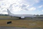 みきてぃさんが、プリンセス・ジュリアナ国際空港で撮影したスウィフト・エア 737-306(SF)の航空フォト(写真)