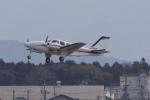 yabyanさんが、名古屋飛行場で撮影した朝日航空 Baron G58の航空フォト(飛行機 写真・画像)